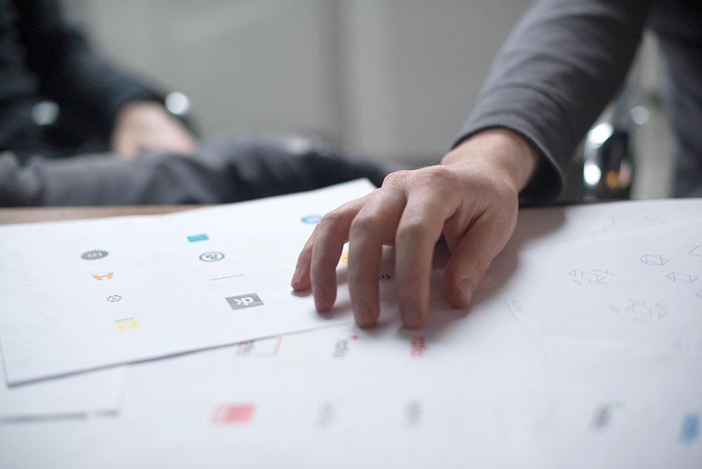 Diseño de un logotipo: su importancia como imagen de marca